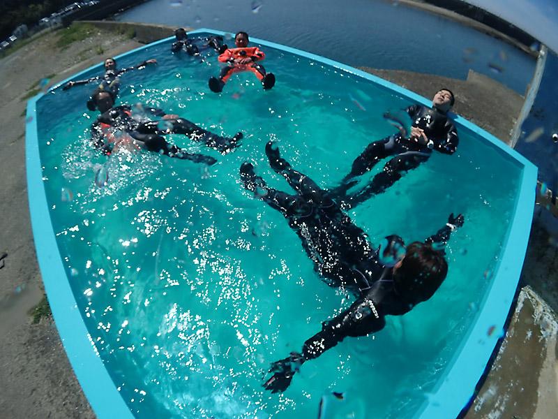 自社プールでダイビング安心講習